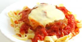 Pollo alla parmigiana - vištiena su sūriu itališkai