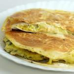 Pusryčiai iš kirvio – quesadilla su kiaušiniene