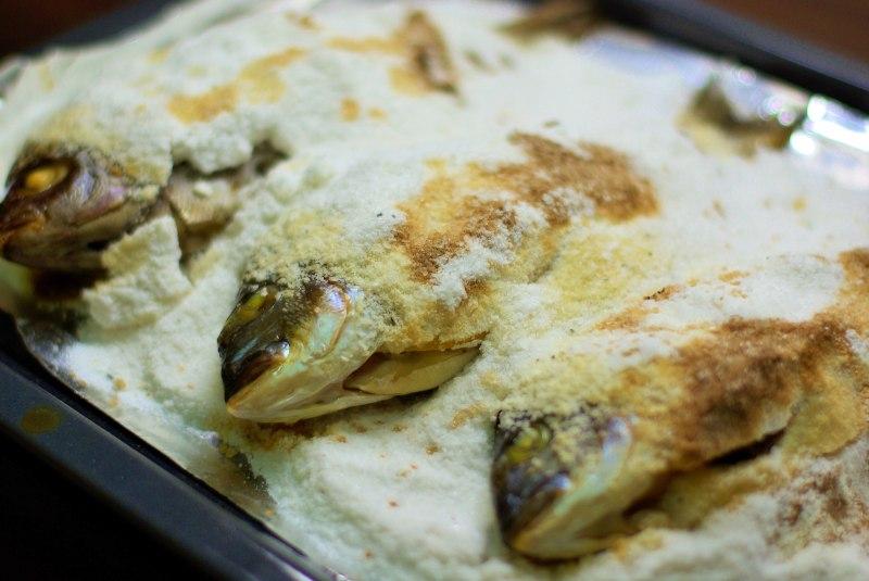 Рыба запеченная в соли рецепт пошагово